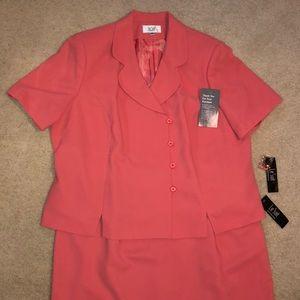 Le Suit Women's 2 PC Suit